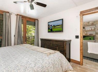 2019-master-bedroom-2