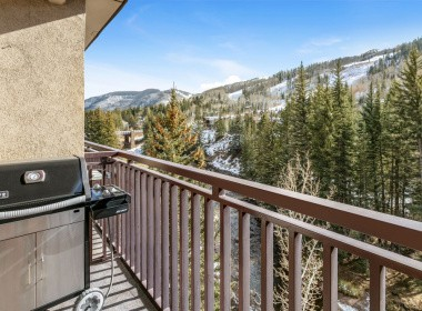 505-balcony-antlers-vail-2019