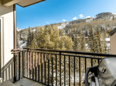 antlers-at-vail-508-2019-balcony-view