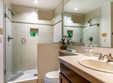 515-bathroom-3-antlers-vail