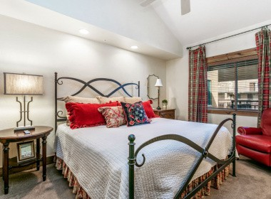 515-bedroom-2-antlers-vail