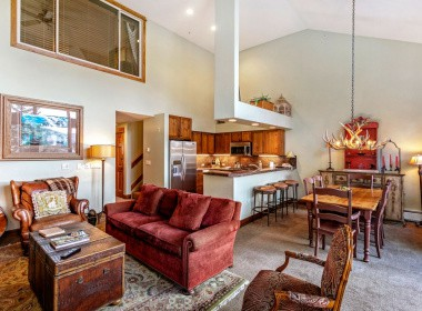 515-kitchen-dining-antlers-vail