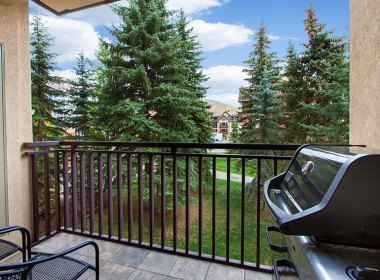 antlers-at-vail-302-2016-balcony
