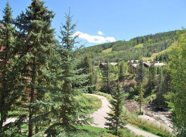 antlers-at-vail-302-2016-balcony-view