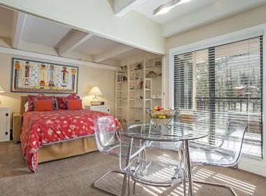 310 Bedroom 2016