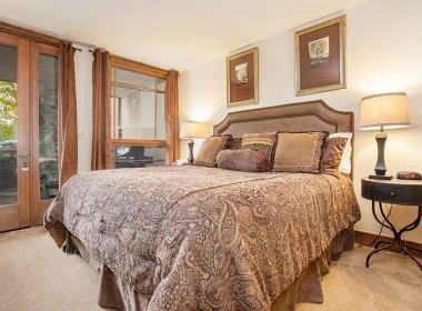 321-master-bedroom1-2016