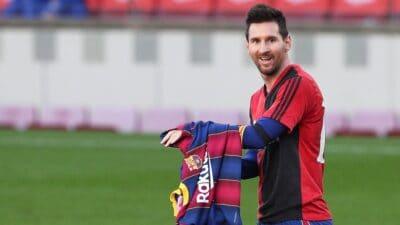 Sin Dijega Maradone traži da klubovi gde je nastupao njegov otac povuku dres sa brojem 10