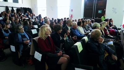 Incontro nell'aula Kessler (Università di Trento, Facoltà di Sociologia), Antonella Giannini e Aurora Mazzoldi - foto di Roberto Zeni