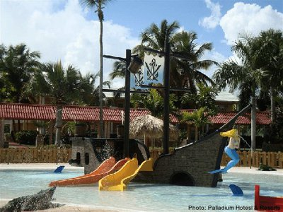 Bravura is one of a few beach resorts with toddler activities.