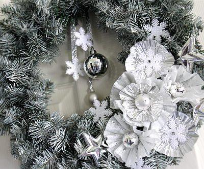 Christmas DIY Craft – Winter Wreath