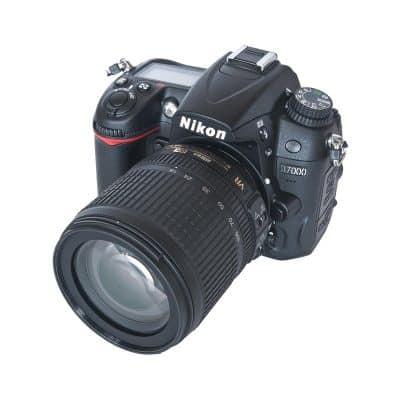 Nikon D7000 with 18 – 105mm lens