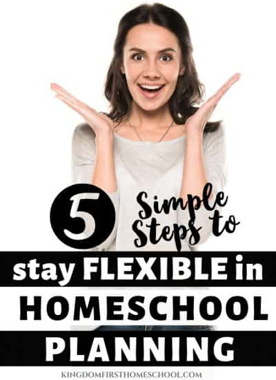 Want to learn how to simplify homeschool planning and keep it flexible at the same time? These 5 tips will streamline your crazy busy homeschool mom life and work around your homeschooling schedule. #homeschool #homeschoolplanning #homeschoolscheduling #homeschoollessonplanning #lessonplanning