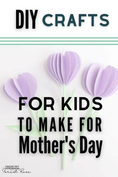 Are you looking for crafts for your kids to make for mother's Day? I love getting handmade gifts from my kids. Here are the sweetest, simplest DIY Mother's Day Gift ideas for Kids to Make.