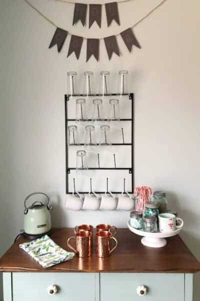 mug rack with hot cocoa sign