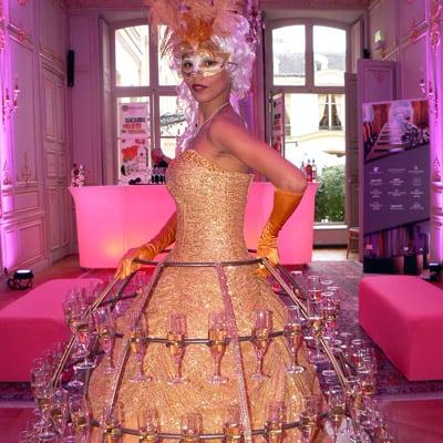 animation champagne theme baroque