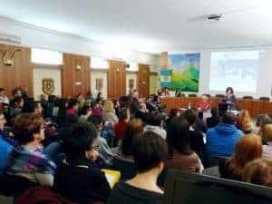 Sala Consiliare Levico - conferenza organizzata da officina del benessere emotivo di Antonella Giannini e Aurora Mazzoldi - foto di Elena Libardi