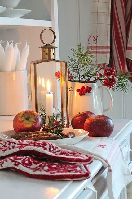 Scandinavian Christmas Mittens
