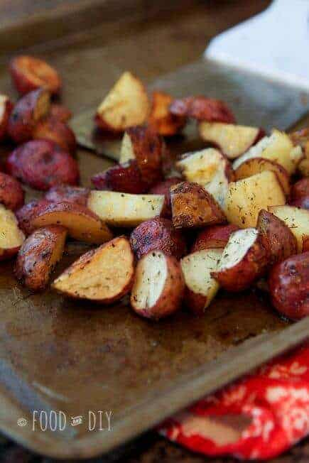 Garlic and Dill Roasted Red Potatoes
