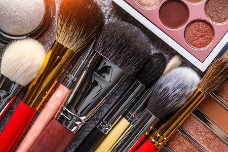 Bedroom and Bathroom Makeup Storage Tips: Declutter Old and Expired Makeup