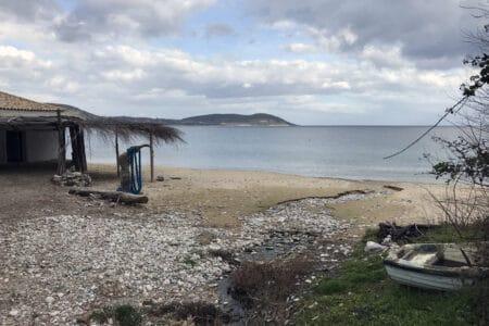 Strand von Skoutari