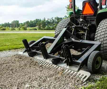 tr3-rake-image-driveway