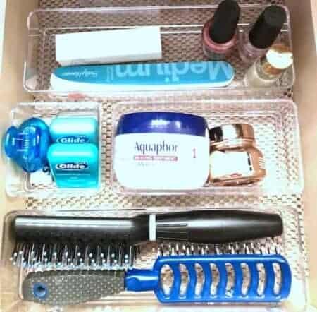 Bedroom and bathroom makeup storage tips: drawer dividers