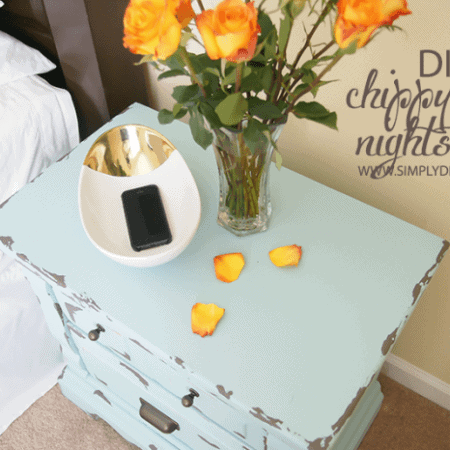 Turquoise Painted Nightstand | #diy #paint #furniture