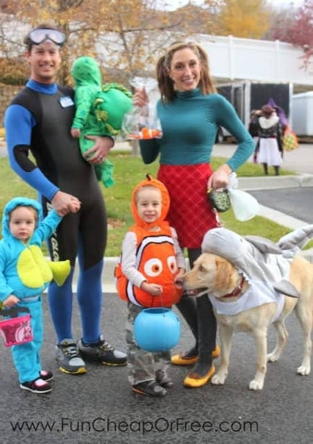 Finding Nemo Family Costumes