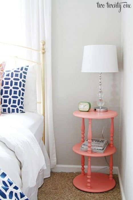Repose Gray paired with coral in a bedroom