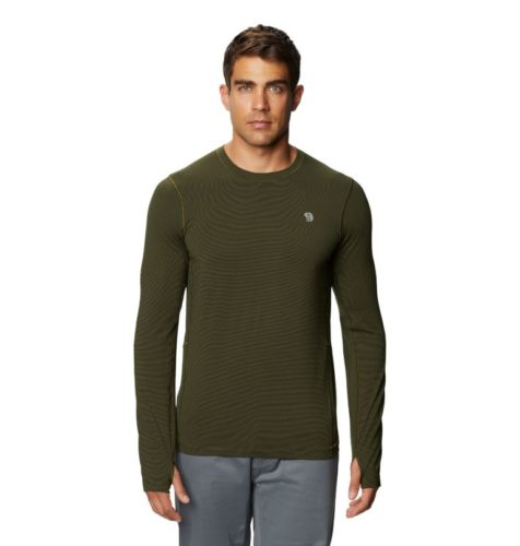 Men love this ghee crew shirt from mountain hardwear for its neat fit and extra long sleeves.