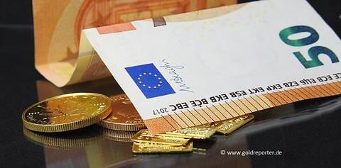 Gold, Gold kaufen, Edelmetall, anonym, bar (Foto: Goldreporter)