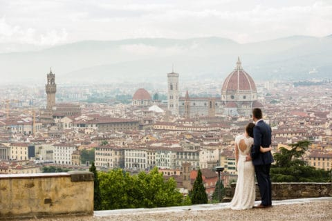 rainy day wedding photo session in Florence