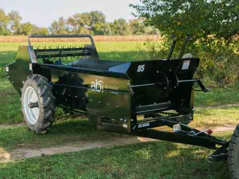 85 Ground drive manure spreader variable flow control