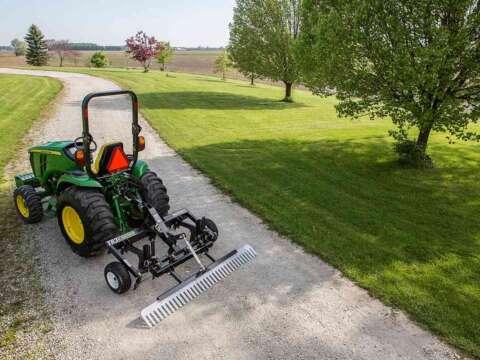 Small Tractor TR3 E-Series Property Edition