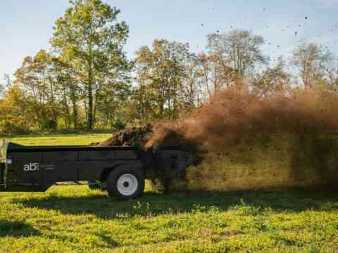 Manure Management Tractor 125 PTO manure spreader
