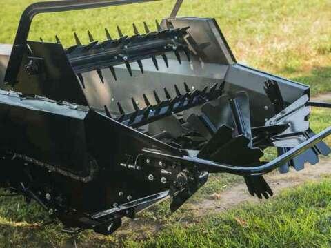 Tractor 85 ground drive manure spreader shredder bar