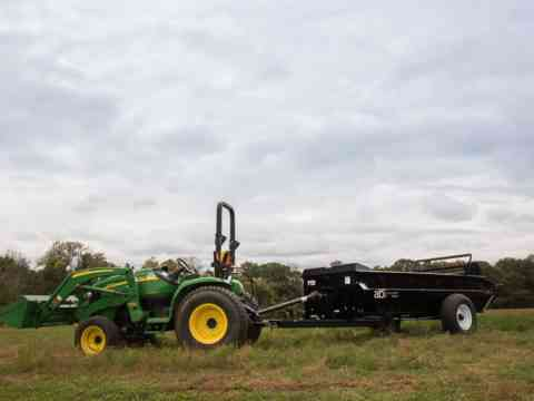 John Deere Tractor pull behind 125 PTO Manure Spreader for farms