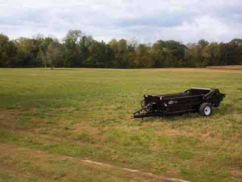 Solid 185 PTO Manure Spreader for Tractors