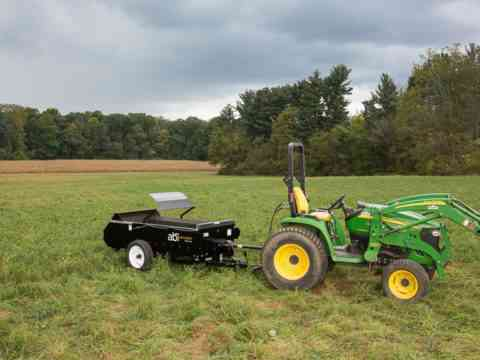 John Deere Tractor 50 PTO and manure spreader