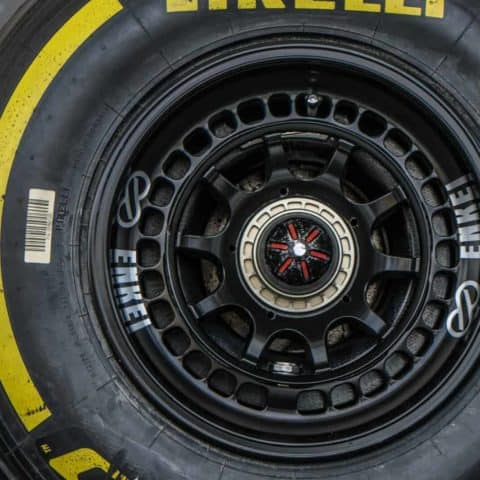 F1 Wheel and Tyre detailing