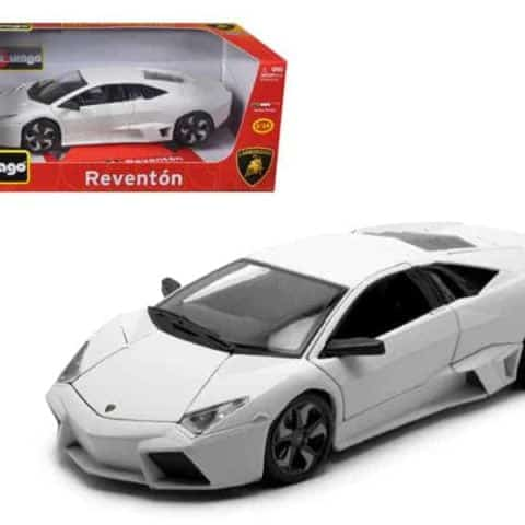 Lamborghini Reventon Matt White 1/18 Diecast Model Car by Bburago