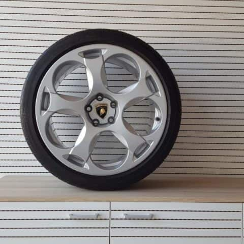 Real wheel Lamborghini. Alloy + central cover + tyre. Elegance and design