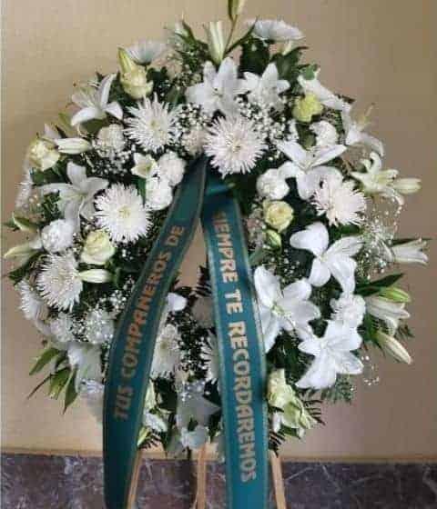 Corona funeraria Etica 135€