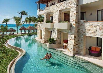 secrets-akumal-deal_ext_swimout_suites_panoramic_4a
