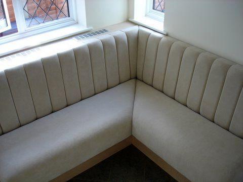 Угловой диван на кухню 018