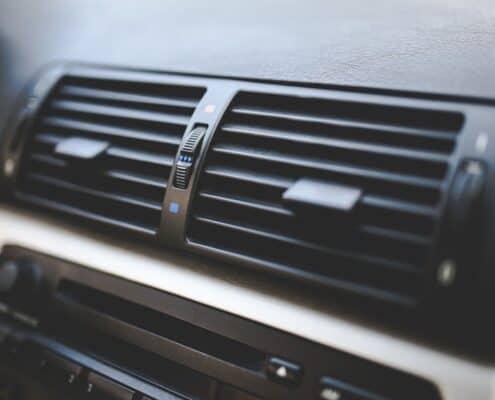 Cada cuánto recargar el aire acondicionado del coche