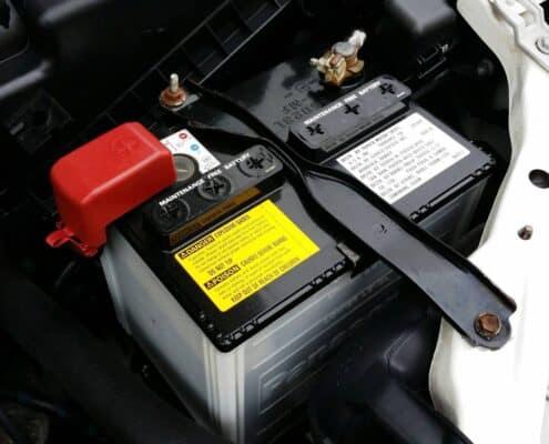 Cuánto dura la batería de un coche