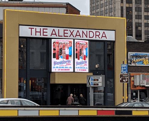 Alexandra_feat