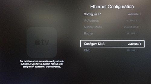 Apple TV Ethernet Configuratie menu met DNS Configureren gemarkeerd.