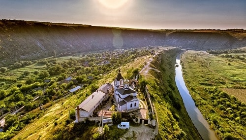 Moldova often considered a very obscure wine region, yet its on the forefront of sustainability.
